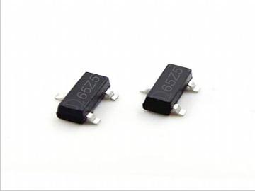 QX6206 低压差线性稳压器